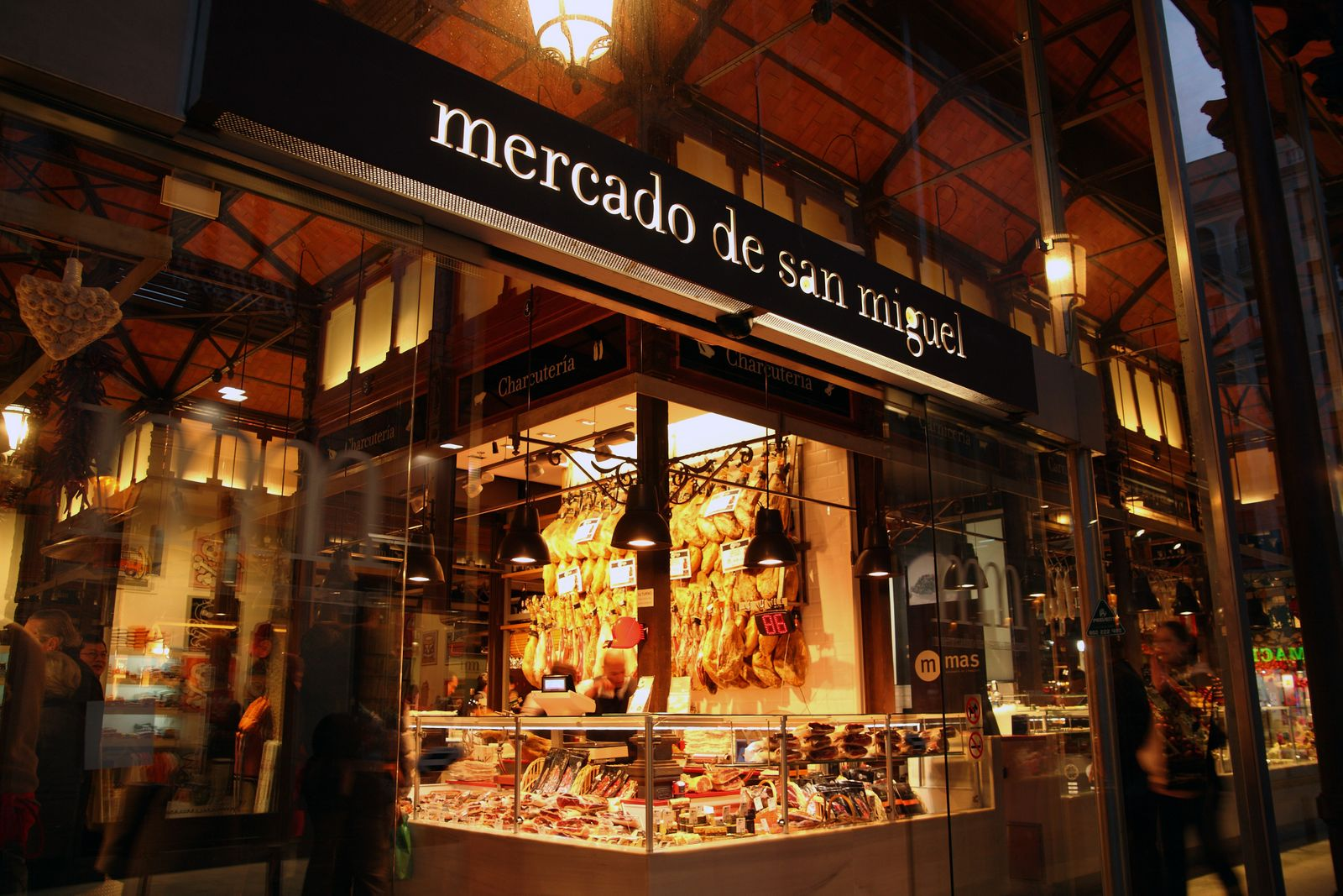 Reabre el Mercado San Miguel